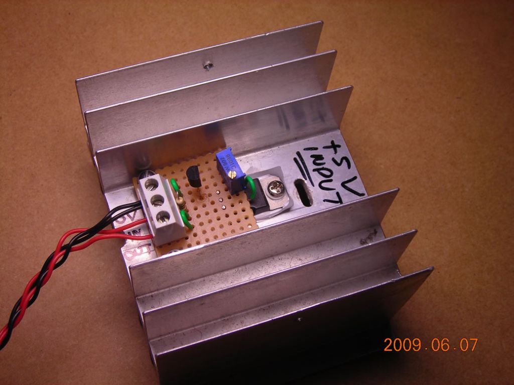 Dual Aa Battery Eliminator Circuit Pictures Its All Assembled On A Small Piece Of Stripboard With T1 Screwed To Heatsink Photo Below