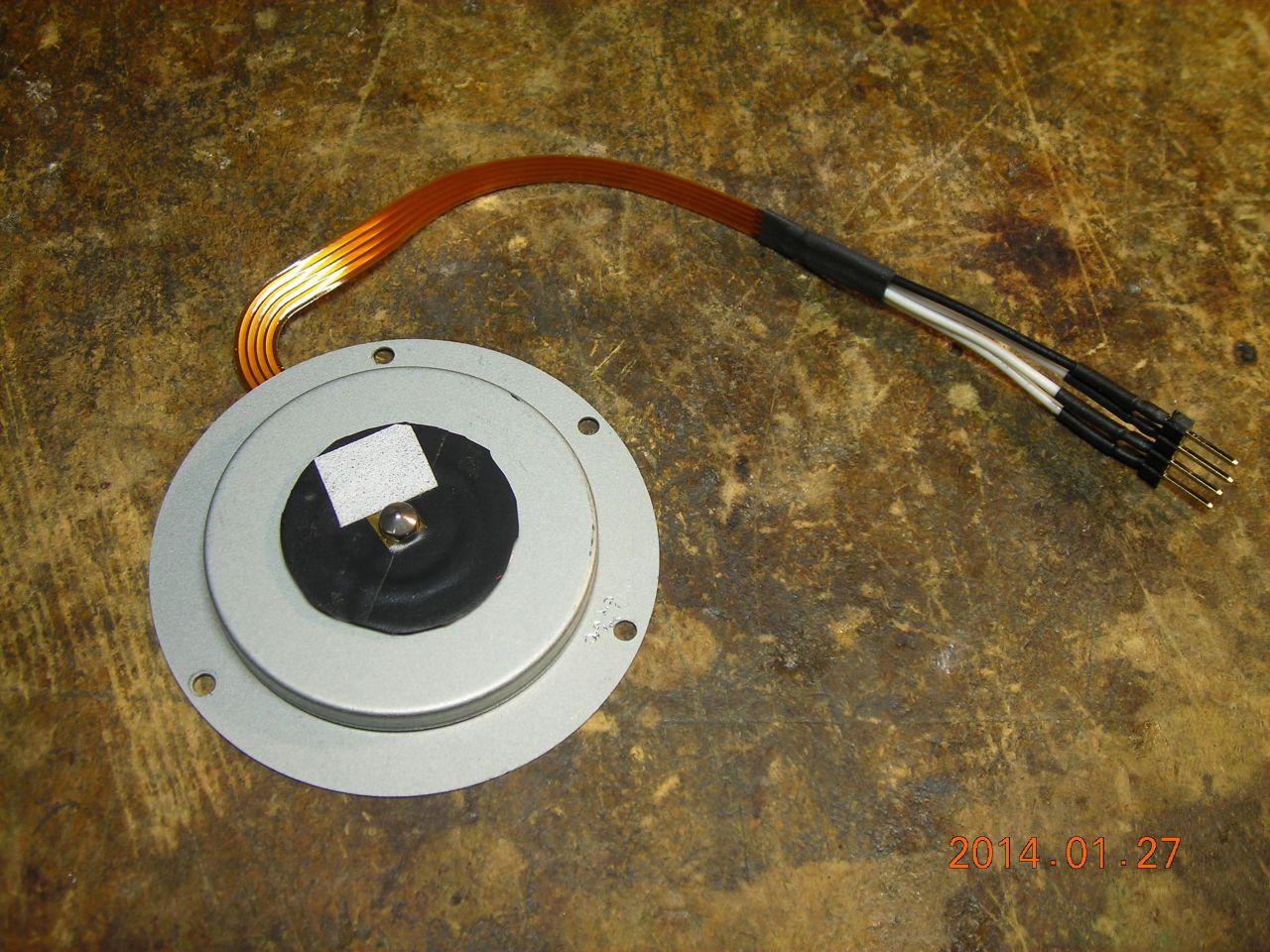 Brushless motor driver for disk drive motors on