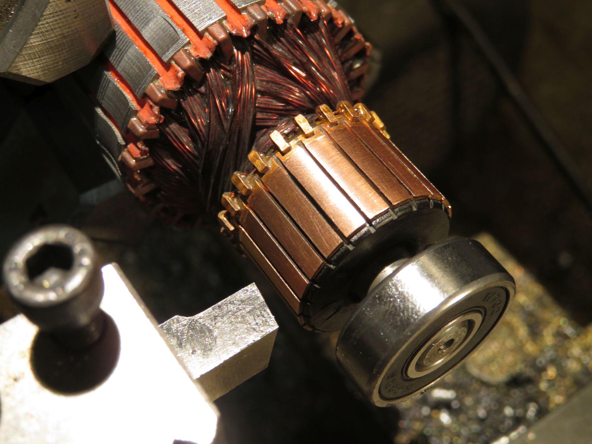 Vacuum Cleaner Motor Commutator Cleaning